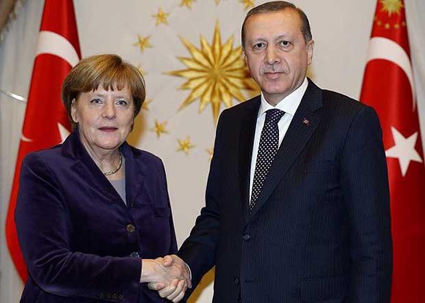 Европа традиционно пытается одурачить Тайипа Эрдогана, а Эрдоган – Европу